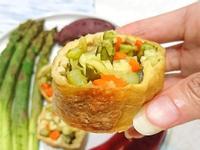 蔬菜豆腐皮捲。烤箱料理