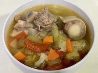 番茄鮮蔬牛尾湯(電鍋食譜)
