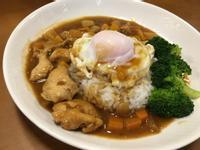 滑蛋咖哩雞肉飯