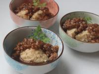 蓮藕香菇佐牛肉燴醬