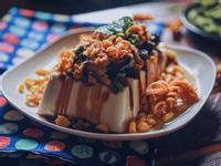 簡易日式下酒菜-可樂果皮蛋豆腐