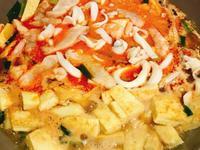 瑩食堂海鮮豆腐煲(黃金聚寶盆)
