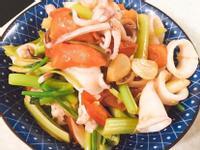 越式調味。芹菜小卷