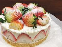 重乳酪草莓蛋糕