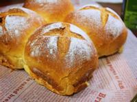 堅果奶香麵包