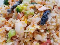 鮭魚好朋友糙米炒飯