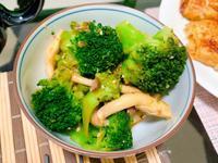 和風花椰菜拌鴻禧菇