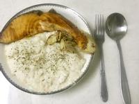 無油30分鐘-鮭魚鮮奶燉飯佐蒜片