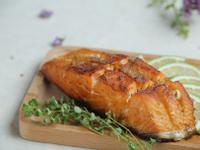 義式檸檬奶油嫩煎鮭魚菲力