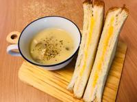 敲好吃套餐:馬鈴薯濃湯/濃厚起司三明治