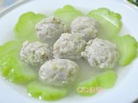 芹菜荸薺丸燉佛手瓜湯