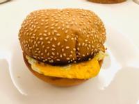 鮪魚玉米漢堡蛋(超懶人料理)