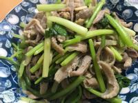 藍家小館-芹菜炒雞肉絲