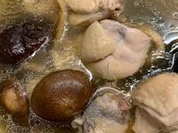 【飛利浦萬用鍋】香菇雞湯 金小萬