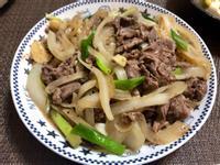 黑胡椒牛肉炒洋蔥