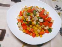 三彩白玉豆干炒