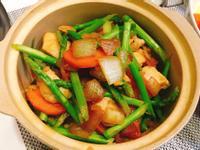 蘆筍炒雞丁