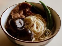 鮮菇燉牛雜麵