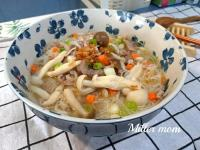 紅蔥菇菇肉絲米粉湯【好菇道營養料理】