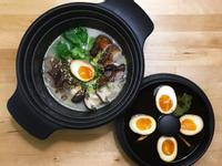 炙燒鹽豚佐自製溏心蛋拉麵