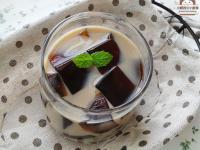 仙草凍黑糖奶(微波自製仙草凍)