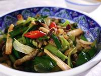 下酒菜|炒肉絲魷魚蒜