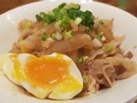 日式豬肉滑蛋丼飯