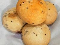草莓醬夾心歐式小麵包
