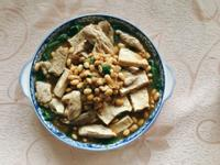 松阪豬拌菠菜