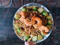 清炒蒜片鮮蝦義大利麵