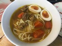 溏心蛋咖喱湯麵