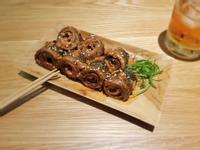 鳳梨醬燒虱目魚皮捲