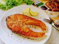 蒜香鮭魚【飛利浦智慧萬用電子鍋】