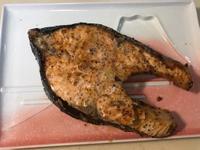 萬用鹽烤北海鮭魚