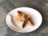 鮭魚佐蒜檸奶油醬汁