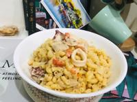 白醬海陸義大利麵