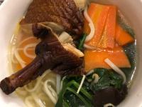 燻鴨+蔬菜家常麵