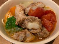【寶寶食譜】蕃茄軟骨麵