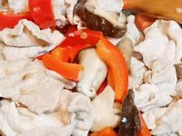 炒豬肉甜椒鮮香菇~簡單健康快速料理