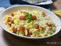 烏魚子炒飯(花椰菜米)