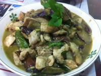 泰式椰汁綠咖哩雞