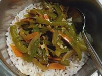 简易5分钟°蚝油青椒盖饭