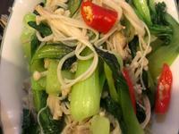 青江菜炒金針菇