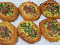 火腿香蔥麵包