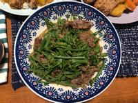 龍鬚菜沙茶炒牛肉