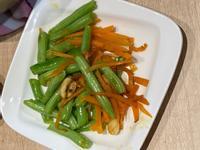 四季豆炒紅蘿蔔