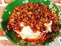 生酮版撚油肉燥乾拌麵