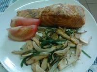 Y芬的小廚房--普羅旺斯煎鮭魚排
