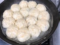 鮮味水煎包~台灣小吃