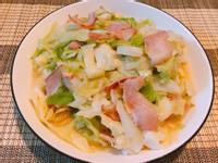 家常料理-培根炒高麗菜